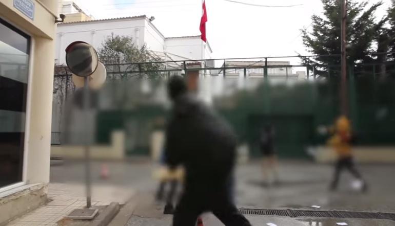 Απάντηση στη παραμύθια της Καθημερινής για την επίθεση στο Τουρκικό προξενείο Κομοτηνής