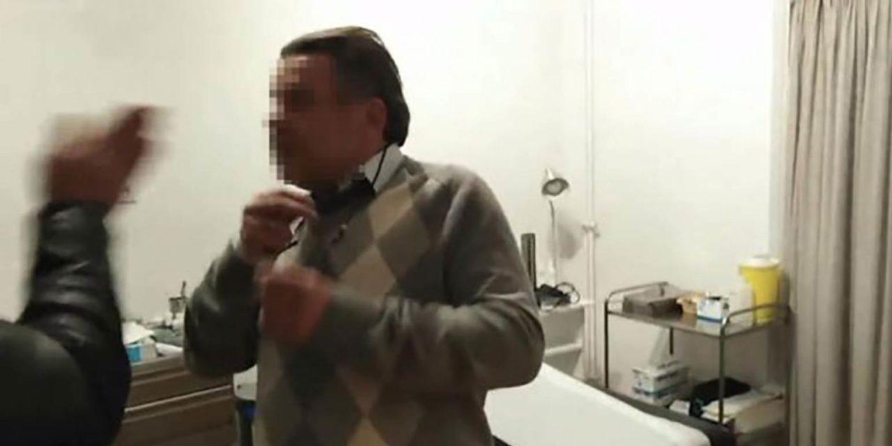 Παρέμβαση στο γραφείο του γιατρού Θεοδωρόπουλου για φακελάκι