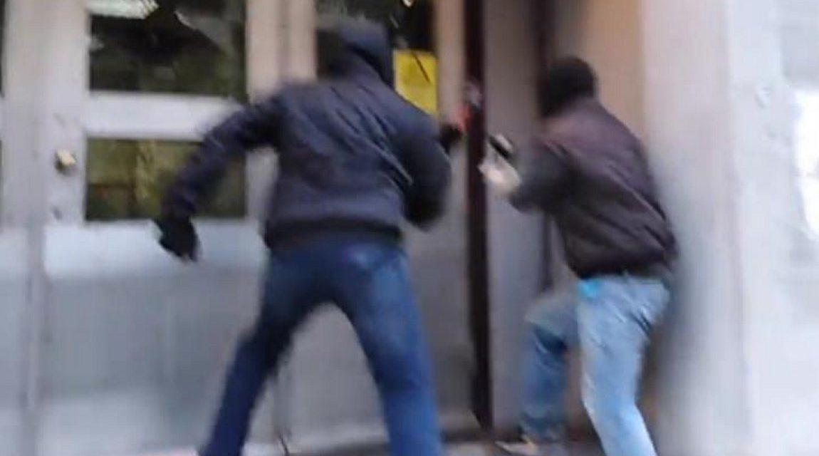 Επίθεση στα γραφεία της ΔΕΔΔΗΕ στην οδό 3ης Σεπτεμβρίου