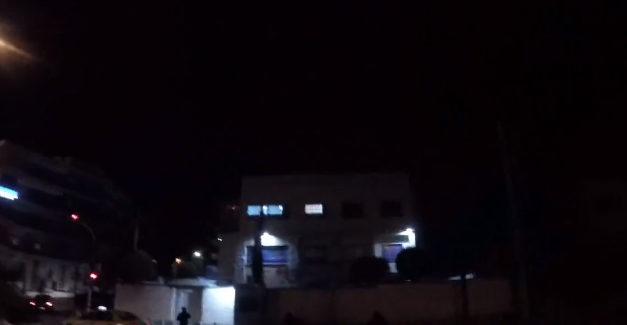 Επίθεση με μπογιές στην πρεσβεία του Ισραήλ στη Αθήνα (Video)